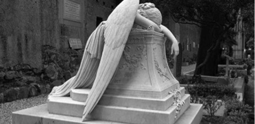 5 Reasons Why Angels are Nonsense